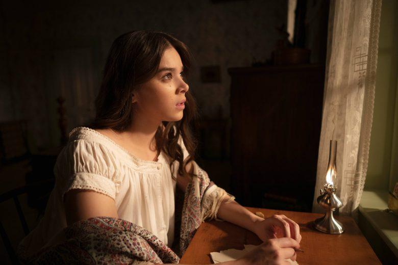 "Hailee Steinfeld en la segunda temporada de ""Dickinson"""