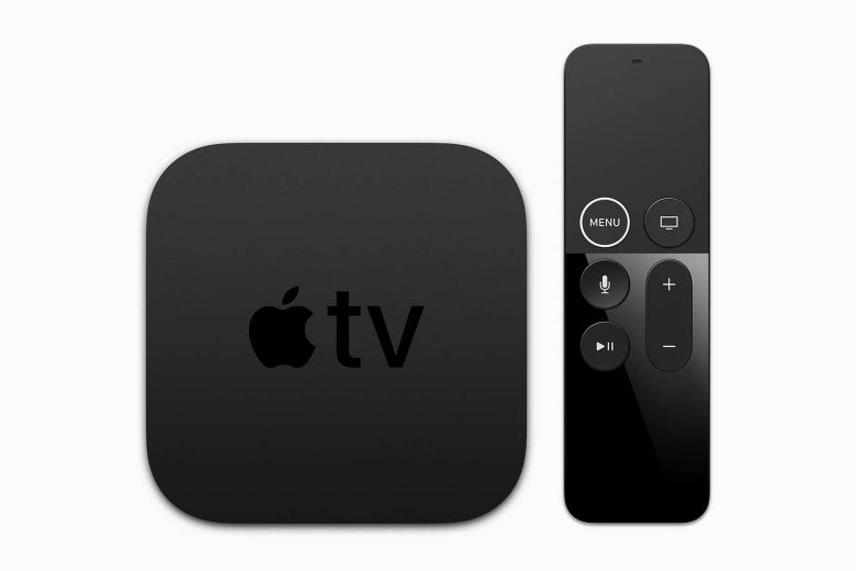Apple TV 4K con el control remoto Siri