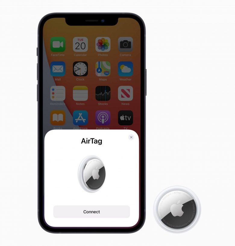 iPhone con la pantalla de conexión de la AirTag