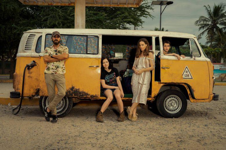 "Justin Theroux, Logan Polish, Melissa George yGabriel Bateman en ""The Mosquito Coast"""